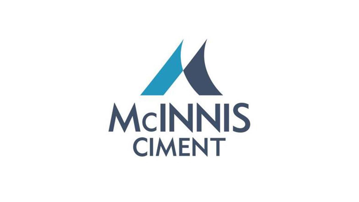 McINNIS logo